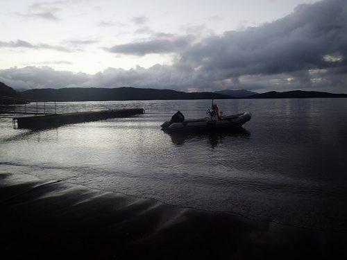 La baie de Prony avec le bateau de plongée